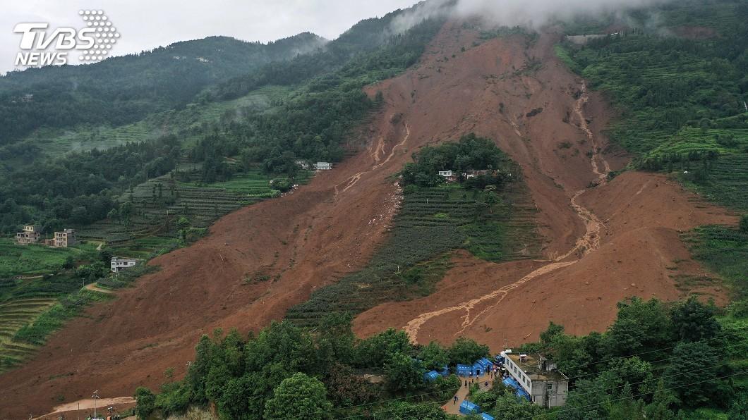 圖/達志影像路透社 排查人數耗時6天 貴州山崩增至38死13失蹤