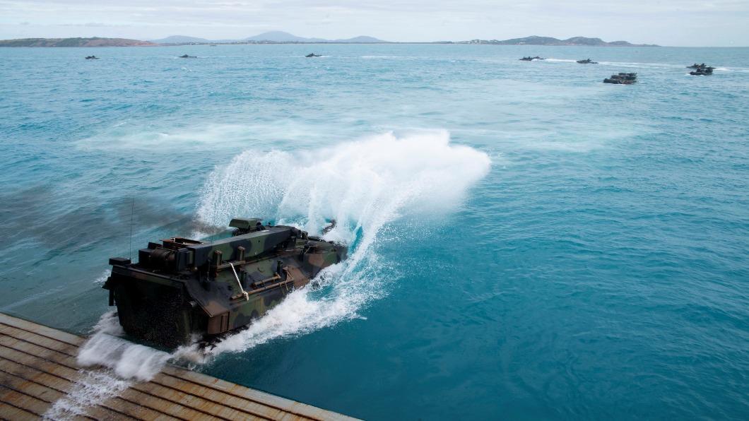 圖/達志影像路透 日本版「海軍陸戰隊」 大陣仗登澳與美軍演