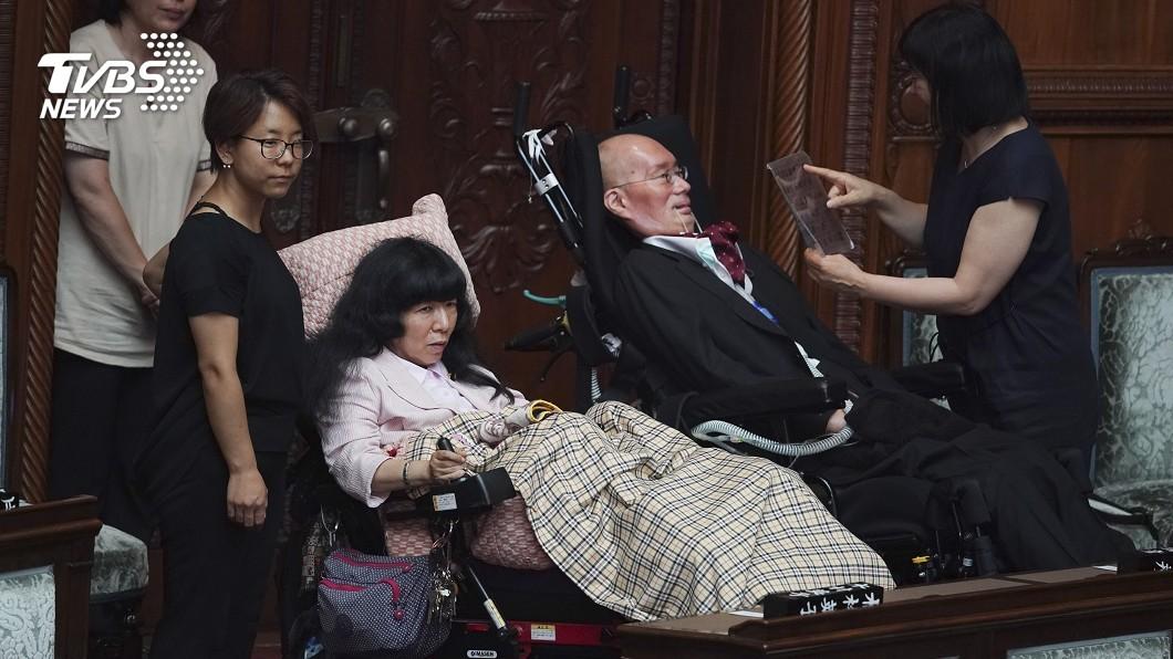 圖/達志影像美聯社 日參院選出女議長 德仁登基後首赴國會