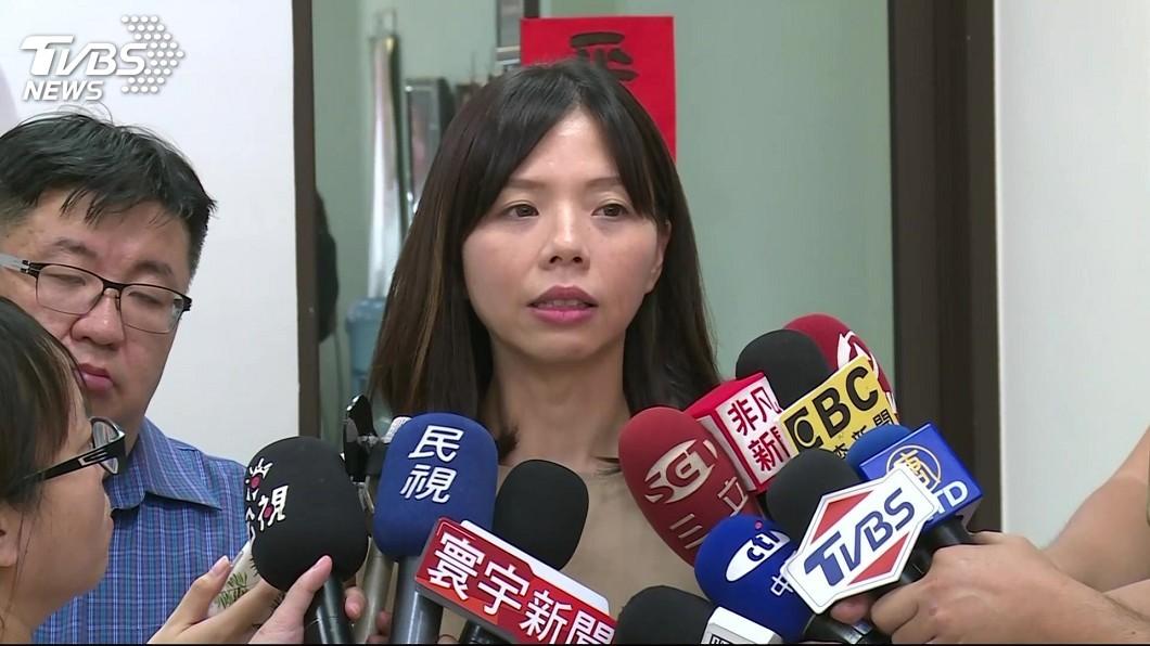 圖/中央社 洪慈庸哽咽割捨不下時代力量 支持蔡總統連任