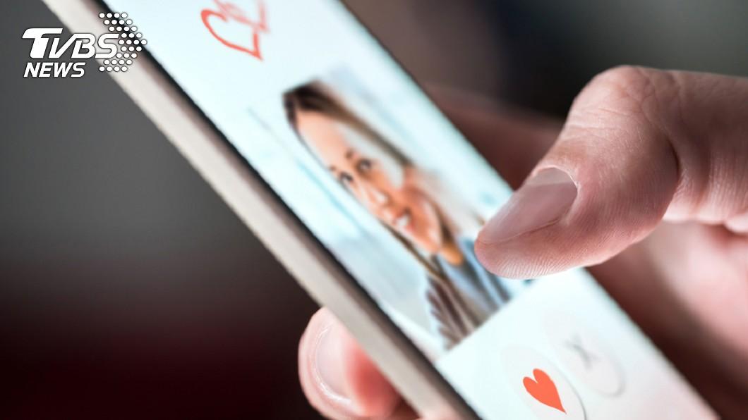 示意圖/TVBS 老婆不在偷開交友軟體 見配對崩潰求救