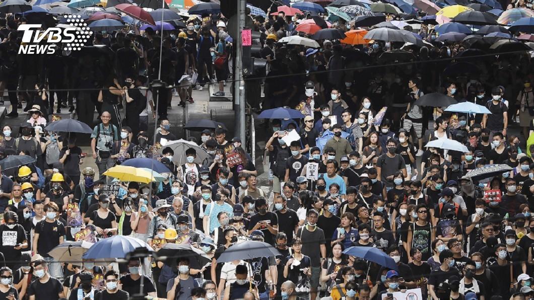 圖/達志影像美聯社 港金融界挺反送中 快閃集會表達不滿