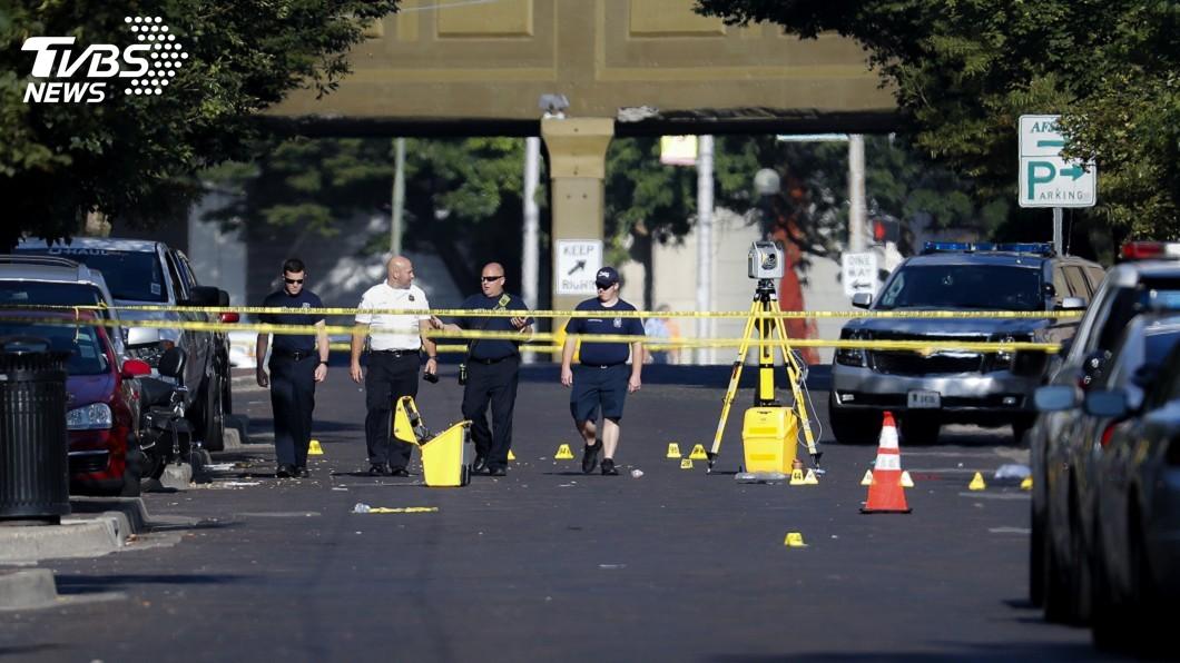 圖/達志影像美聯社 俄州槍手火力強大 若非警方迅速擊斃恐釀數百死