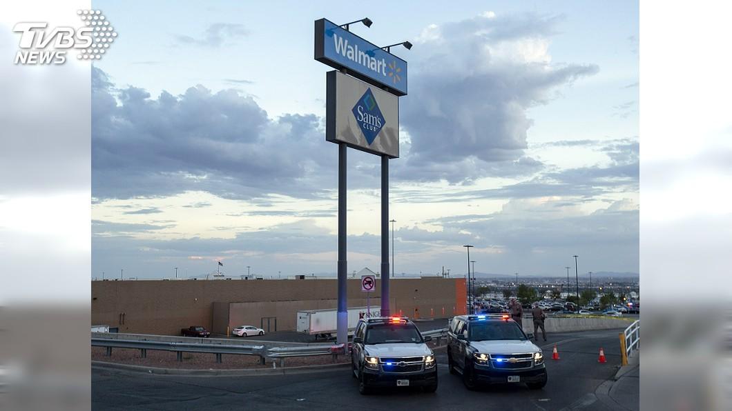 美國德州沃爾瑪賣場發生槍擊案。圖/達志影像美聯社 保護寶寶...德州槍擊案媽媽「肉身擋子彈」 夫妻雙亡