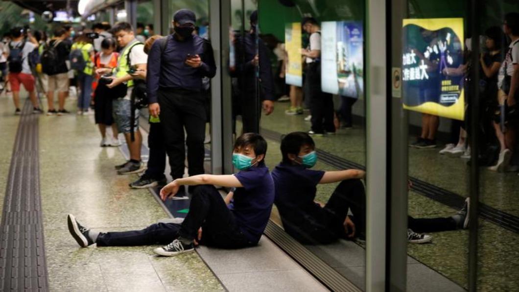 圖/達志影像路透 香港三罷啟動!地鐵8路線受阻 航空取消235班