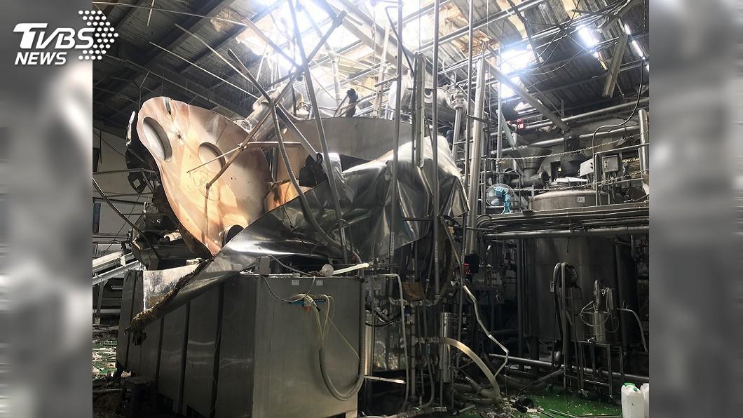 圖/中央社 彰化福峰製酒公司氣爆4人送醫 2人命危