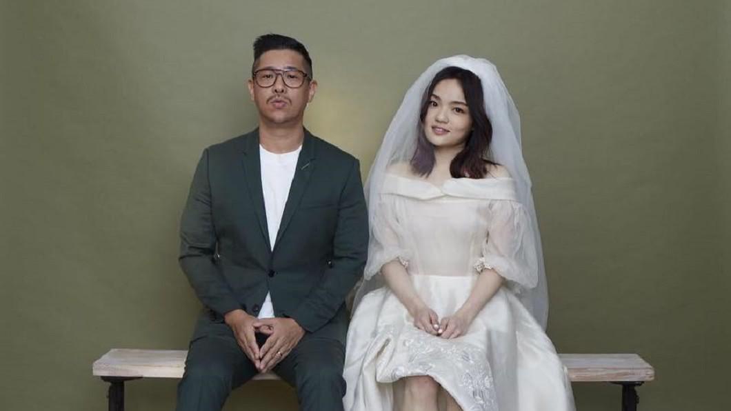 圖/翻攝自徐佳瑩臉書 結婚1週年! 徐佳瑩曬照嚇壞眾人 網驚:紫到恐截肢