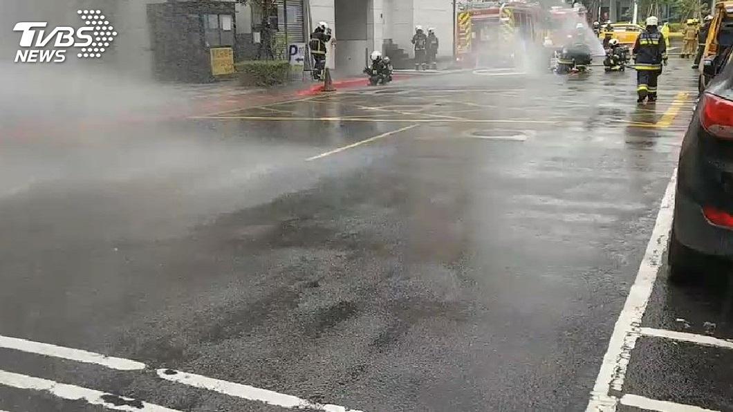 南港園區街瓦斯外洩。圖/TVBS