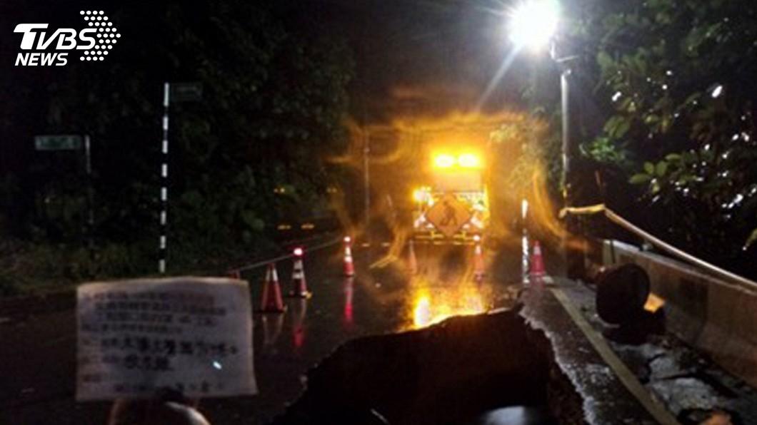 圖/中央社 颱風利奇馬撲台 桃園北橫坍方地下道封閉