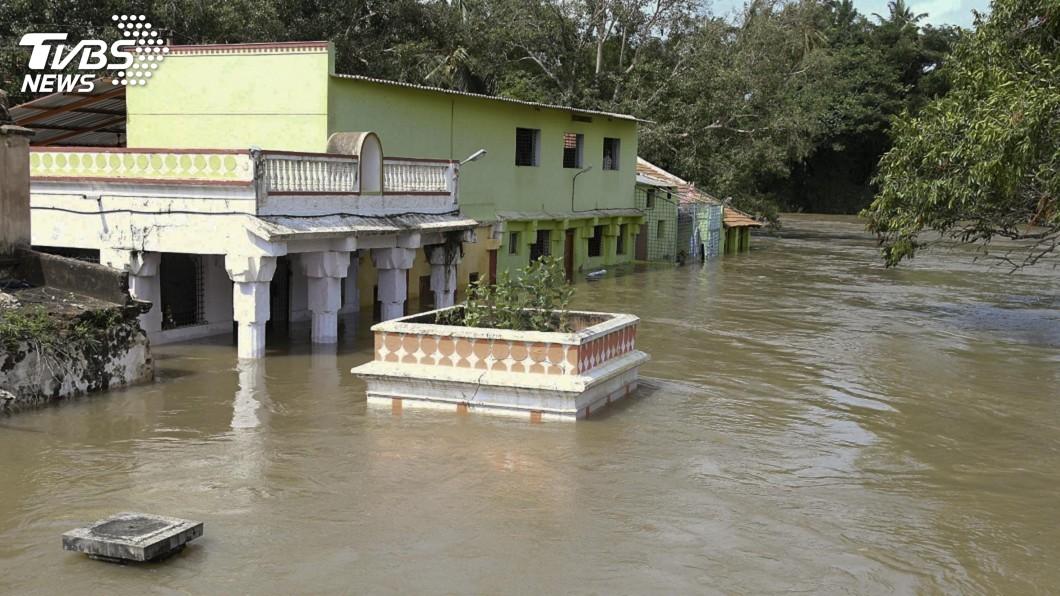 圖/達志影像美聯社 印度洪災釀160死 逾百萬人緊急避難