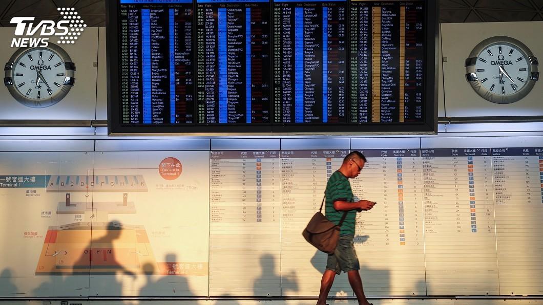 圖/中央社 香港機場恢復作業 台港航線部分航班仍取消