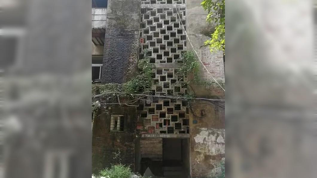 小娟住的廢棄房子。圖/翻攝楚天都市報