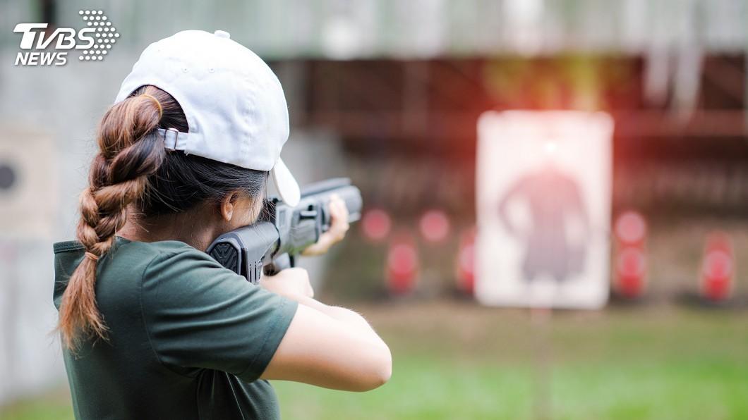 示意圖/TVBS 槍手目標是他們 德州槍案後西語裔忙上射擊課