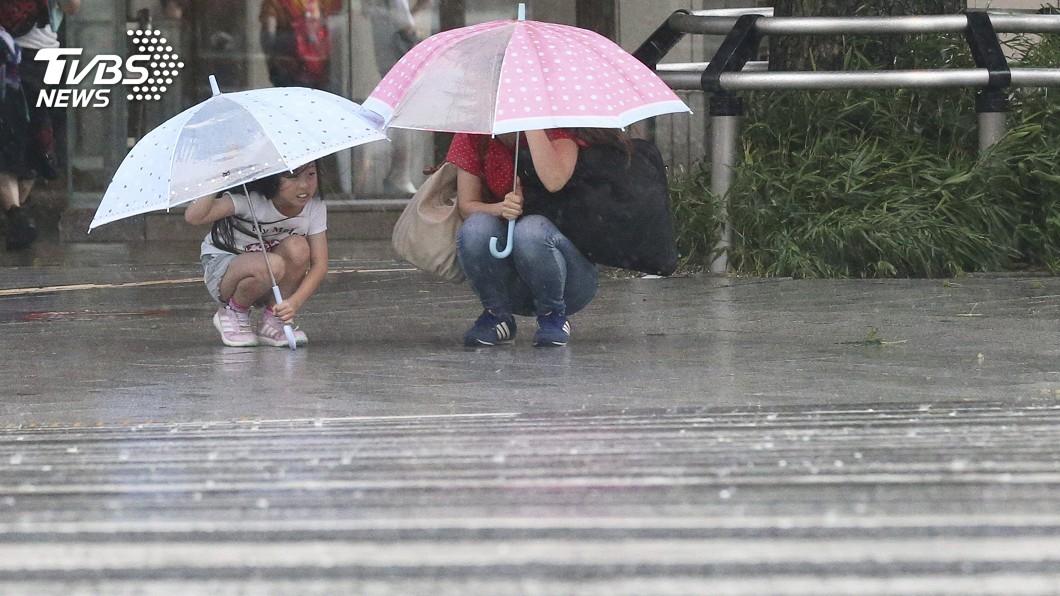 圖/達志影像美聯社 「柯羅莎」周四登陸日本 九州恐現驚人豪雨