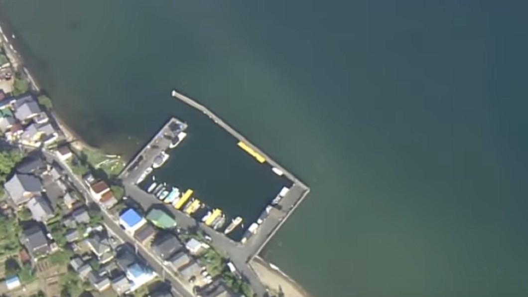 一群大學生到琵琶湖遊玩,卻傳出死亡意外。圖/翻攝自YouTube ANNnewsCH 颱風前夕遊琵琶湖!2男大生玩跳水意外喪命