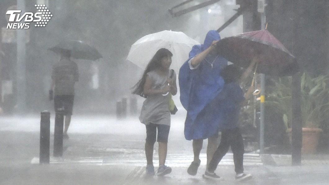 圖/達志影像美聯社 颱風柯羅莎恐橫掃西日本 部分新幹線15日停駛