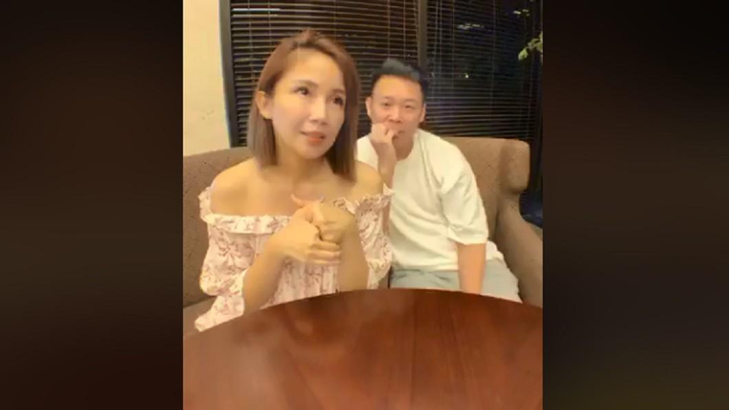 鍾欣怡在直播抱怨。圖/翻攝自鍾欣怡 Cathy Chung臉書
