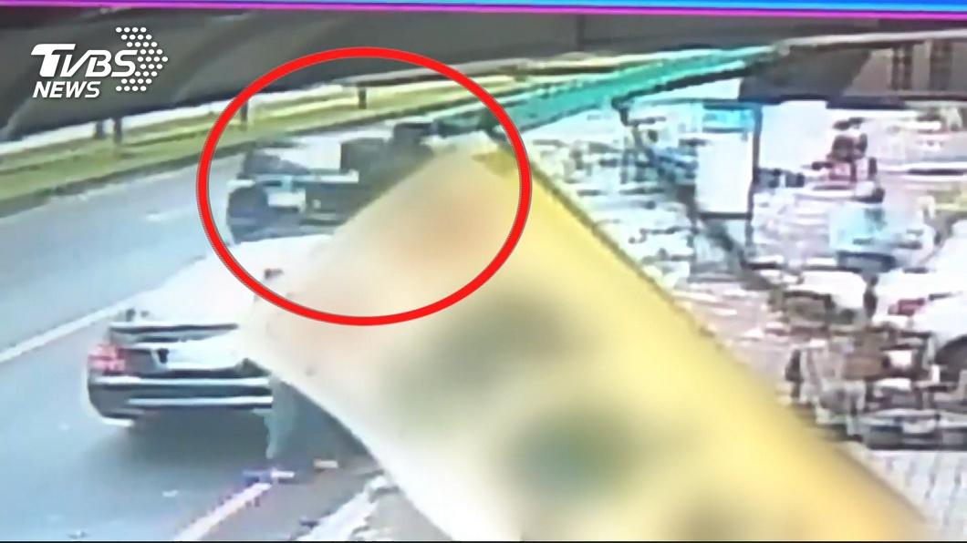 圖/TVBS 千萬珠寶路邊交易險遭搶 高雄警方逮5嫌