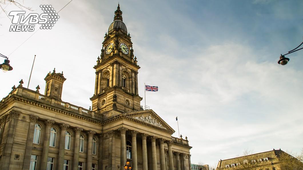 博爾頓市政廳(Bolton Town Hall)。圖/TVBS