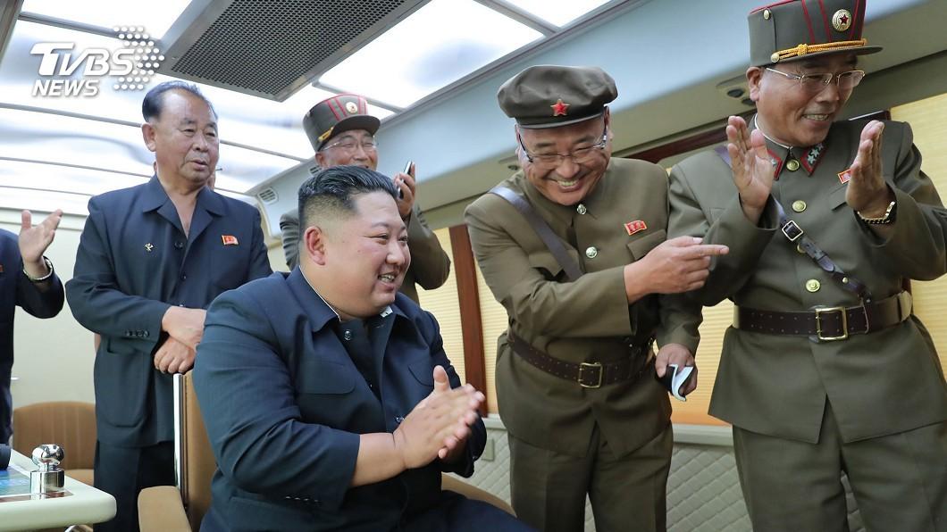 圖/達志影像美聯社 北韓報導飛彈試射 「正恩的右拳」引關注
