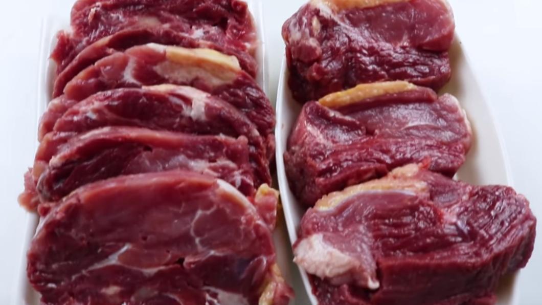 圖/翻攝自衣谷水原egg YouTube 揭秘!還原重組肉製作 用「這個」神奇黏合牛豬鴨