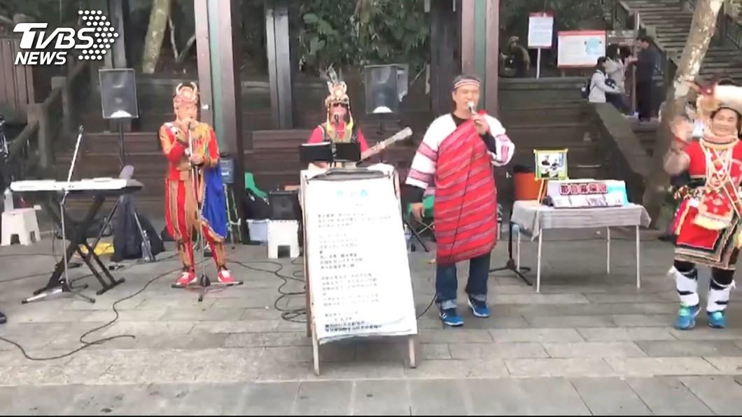 圖/TVBS 表演時段起紛爭 日月潭街頭藝人互毆