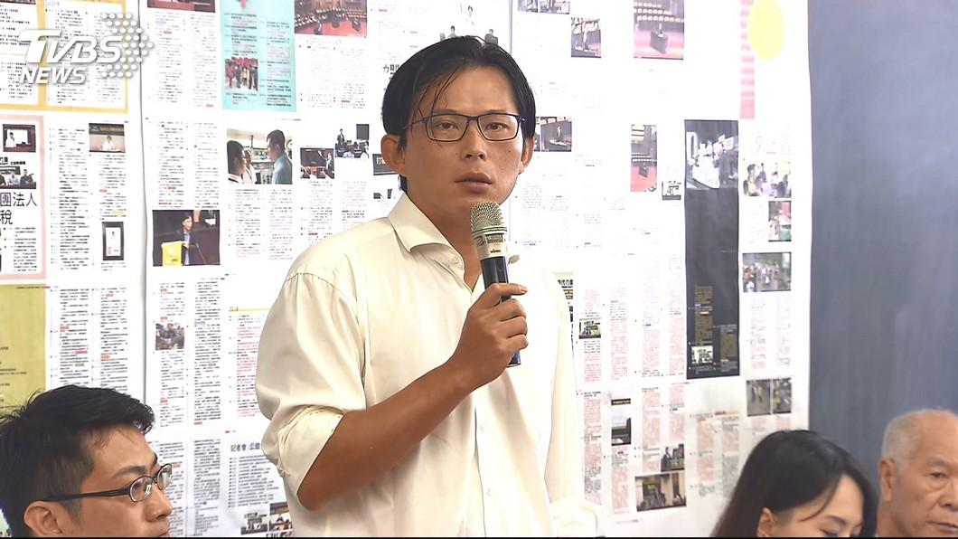 圖/TVBS 黃國昌替子弟兵站台 轉批呂孫綾不適任