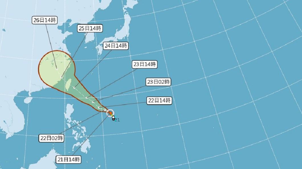 圖/中央氣象局 颱風「白鹿」形成 全台17縣市午後豪大雨特報