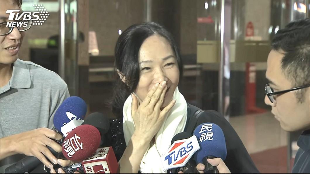 李佳芬面容憔悴。圖/TVBS 韓國瑜陷風波!李佳芬節目上「這一幕」網友超心疼