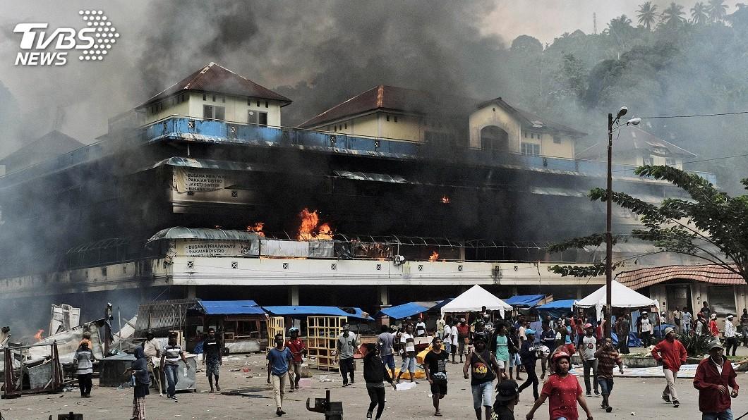 圖/達志影像美聯社 印尼巴布亞出現暴力示威 當局斷網防挑釁內容