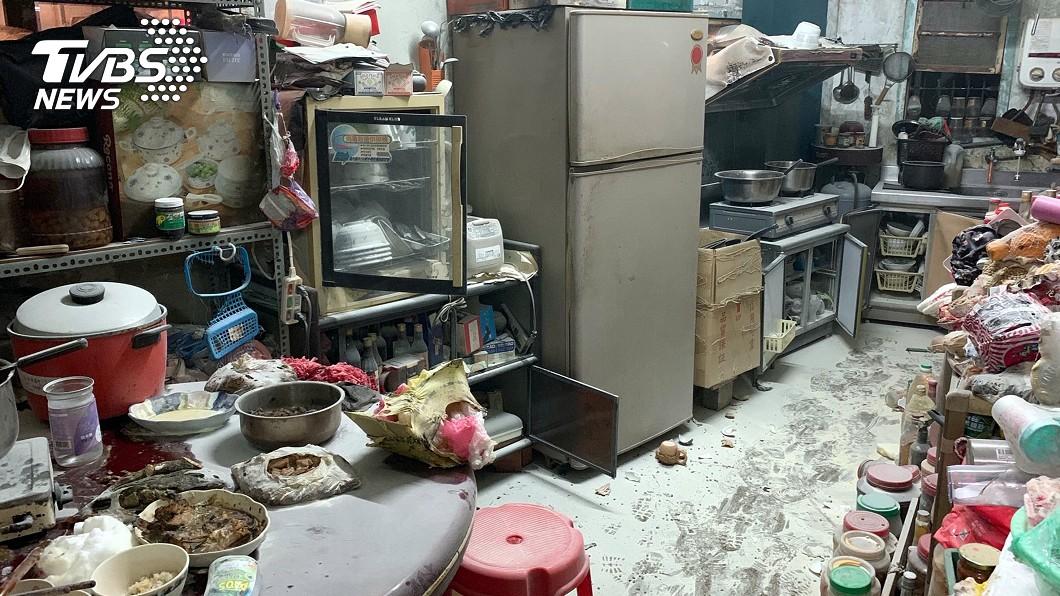 圖/嘉義縣消防局提供 嘉義瓦斯行氣爆 7人灼傷送醫