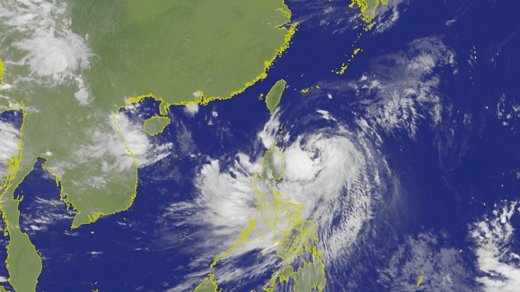 圖/中央社資料畫面 颱風白鹿近逼 中央災害應變中心開設因應