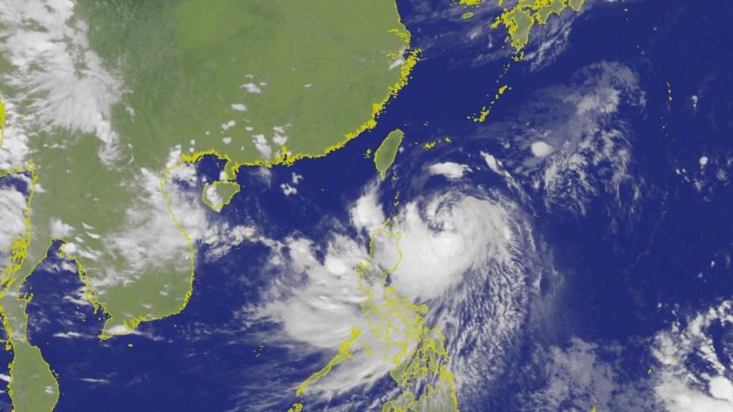 圖/翻攝自中央氣象局 風雨預測達標 蘭嶼、綠島今晚停班停課