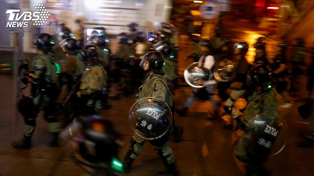 圖/達志影像路透社 香港荃葵青遊行釀22傷 36人被捕最小僅12歲