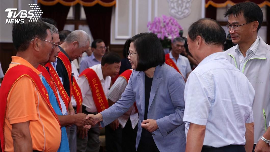 圖/中央社 總統:2年來已有4400公頃農地納入水利會灌區