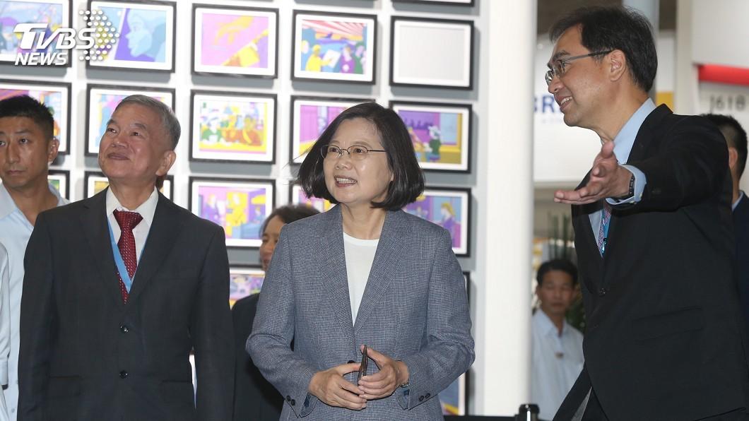 圖/中央社 柯文哲質疑台灣價值 蔡總統:人民不是選我們當名嘴