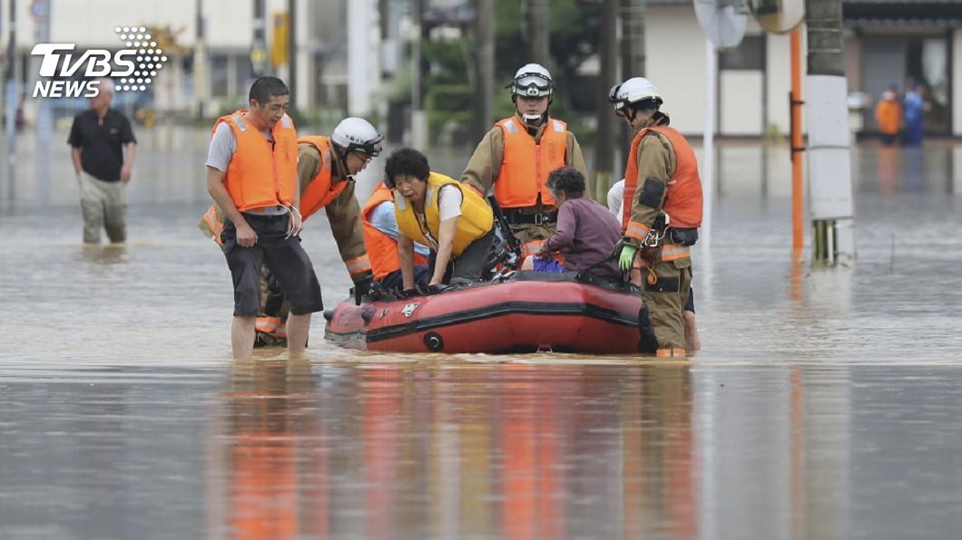 圖/達志影像美聯社 史上最猛豪雨來襲 佐賀市幾乎全泡在水中