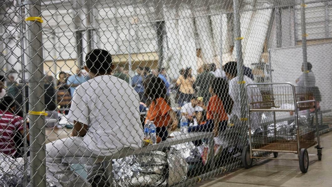圖/達志影像美聯社 美墨邊境「帳棚法庭」 遣送移民入危險城市