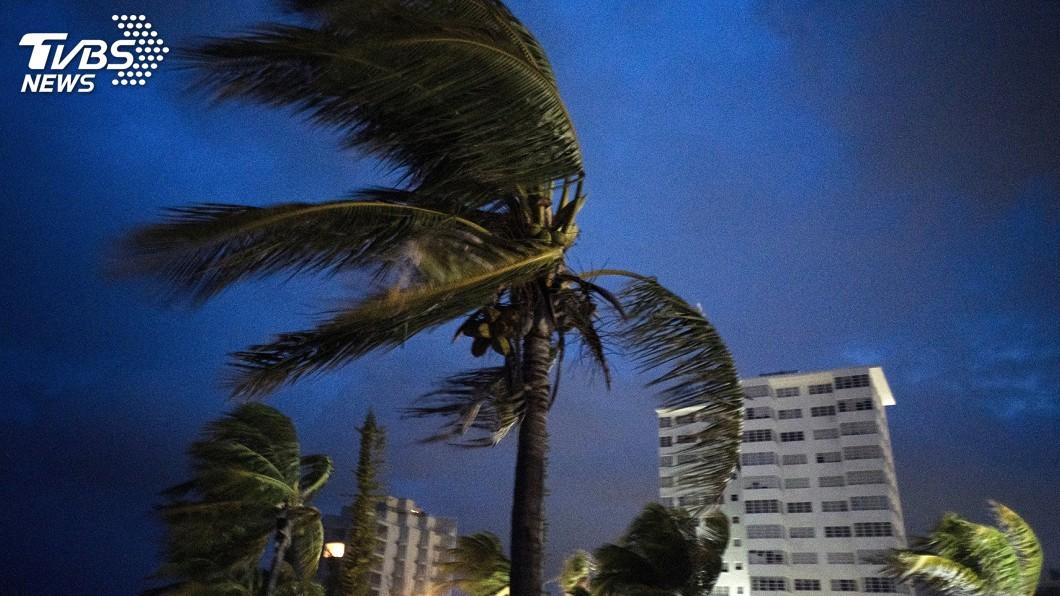 圖/達志影像美聯社 5級颶風多利安登陸巴哈馬 風速達每小時295公里