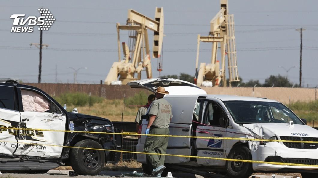 圖/達志影像美聯社 德州槍擊至少7死22傷 民眾目擊警方槍手交火