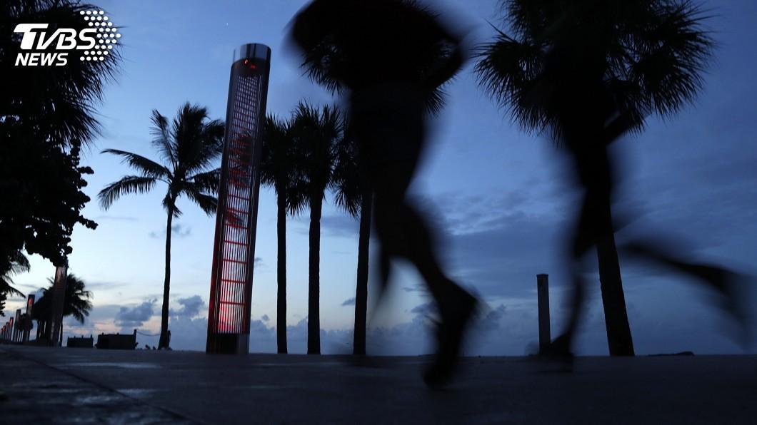 圖/達志影像美聯社 怪獸級颶風多利安逼近美 5級風暴二三事報你知