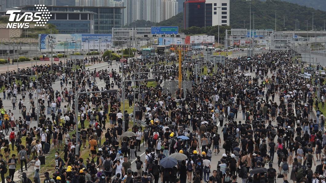 圖/達志影像美聯社 反送中831衝突再升級 港澳辦預告3日舉行記者會