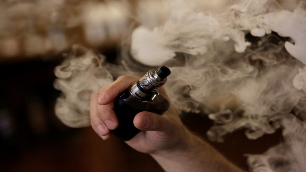 圖/達志影像路透 全美超過2百起肺病! 患者皆愛用「電子菸」