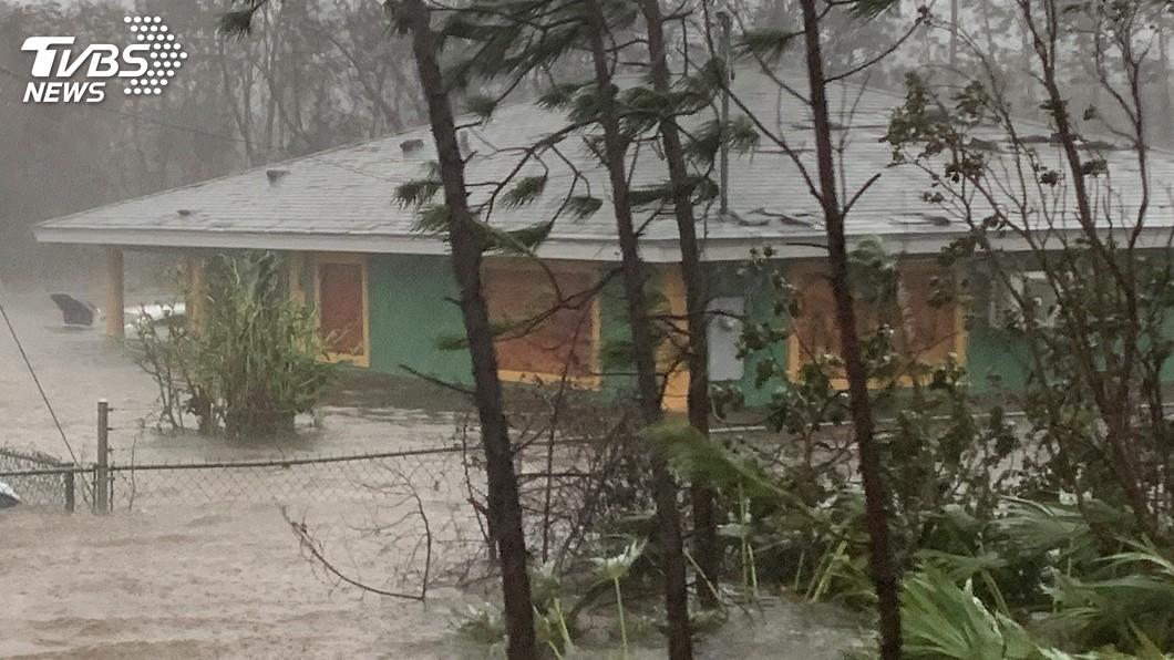 圖/達志影像美聯社 颶風多利安肆虐巴哈馬釀7死 續朝美國前進