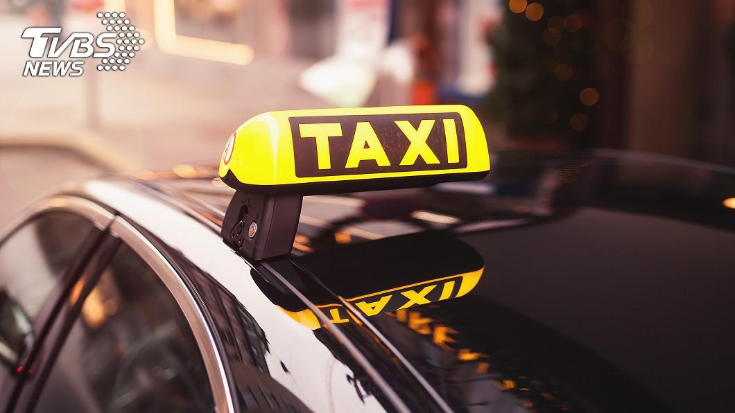 吳姓計程車司機將小映帶到高速公路涵洞性侵。 圖/TVBS 台中計程車之狼性侵嫩妹 得逞後竟要「明天再來」