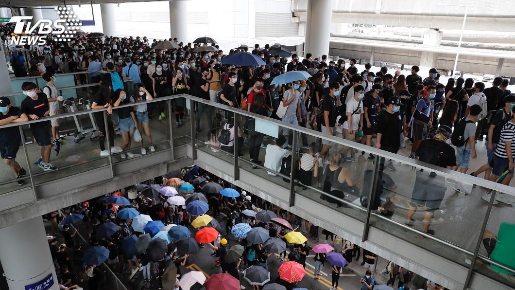 圖/達志影像美聯社資料畫面 不甩林鄭撤例 反送中號召7日癱瘓香港機場