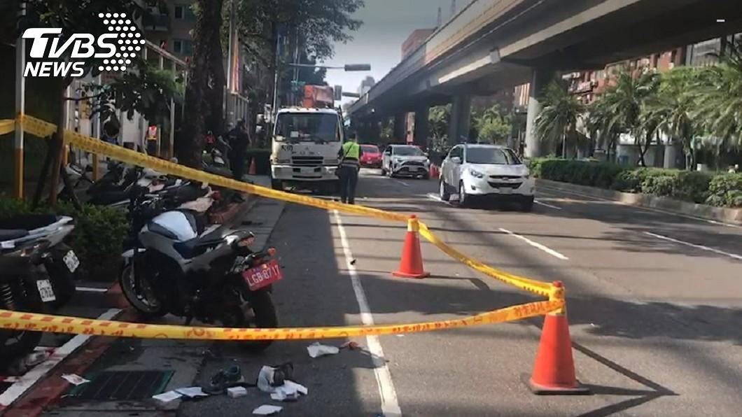 圖/TVBS 台北2機車擦撞  重機騎士命危