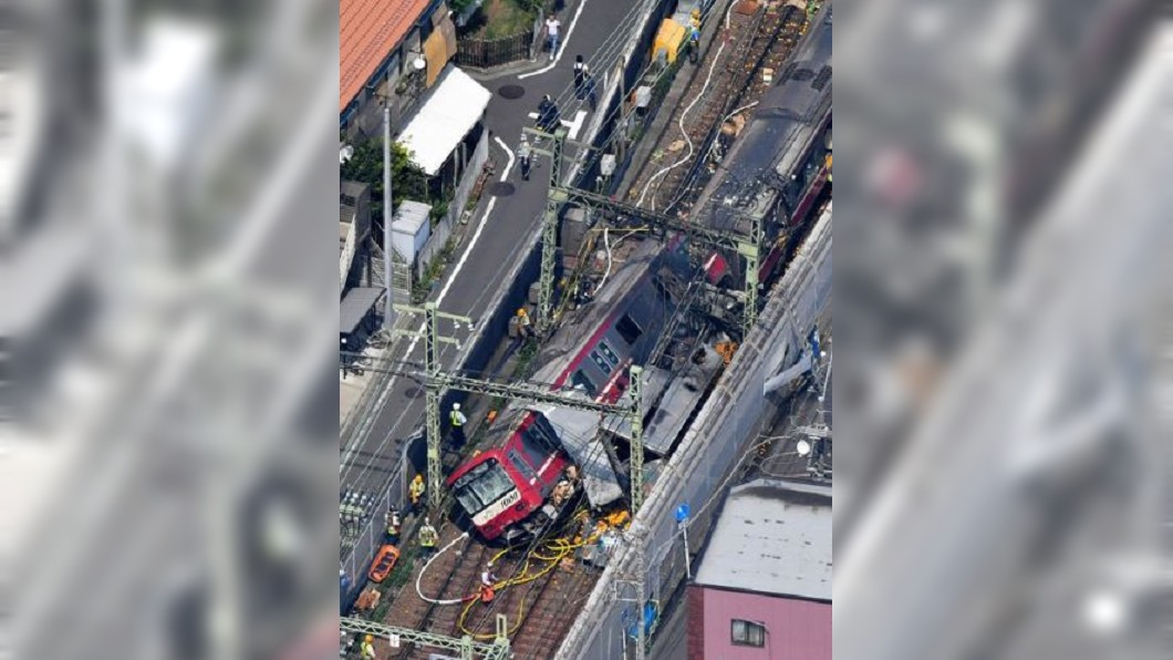 圖/翻攝自横浜の人(愛称エル)Twitter 貨車迷路誤闖小巷? 釀京急電車追撞意外