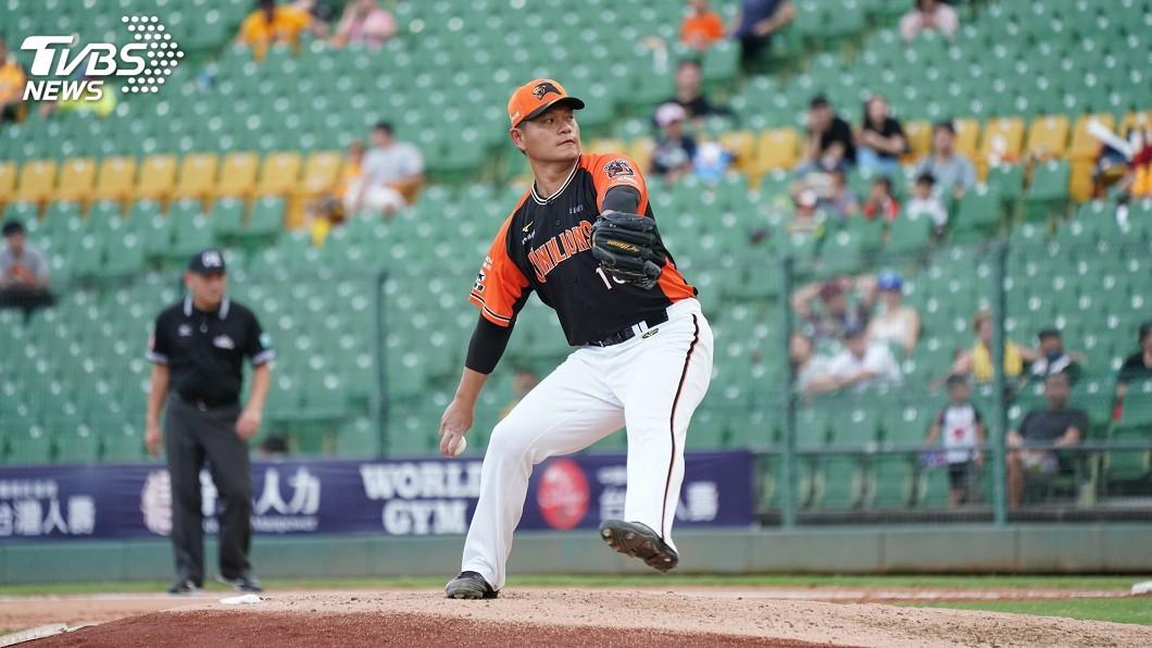 圖/中央社 潘威倫142勝破台灣職棒紀錄 樹立「嘟嘟障礙」