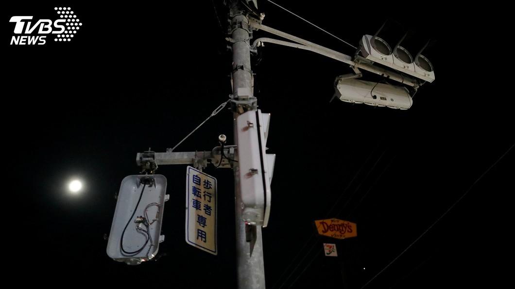 圖/達志影像路透社 颱風襲日仍有逾61萬戶停電 9成集中千葉縣